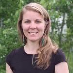 Dr Lindsay Davidson